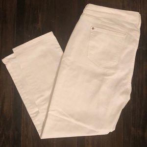 Like- New ON Boyfriend White Denim Jeans